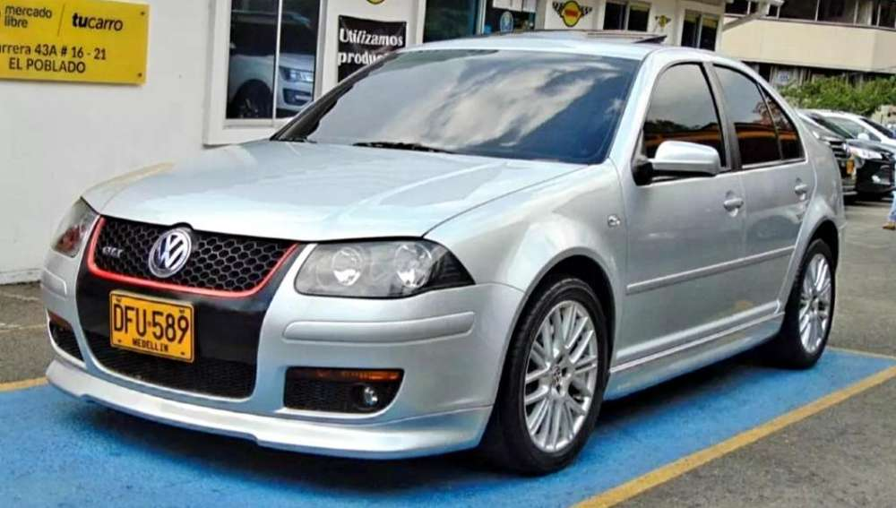 Volkswagen Jetta 2011 - 47000 km