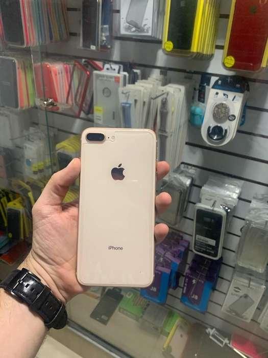 iPhone 8 Plus 256G Dorado con Cargador