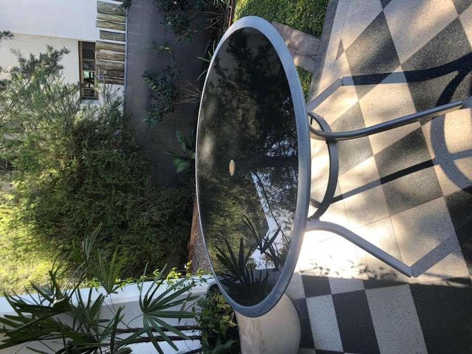 OPORTUNIDAD! hermosa mesa vidrio tapa negra 1.20 diametro