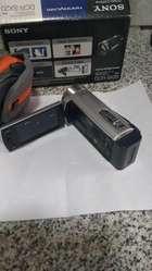 Camara filmadora Sony Handycam DCR SX20. Acepto pago con tarjeta.