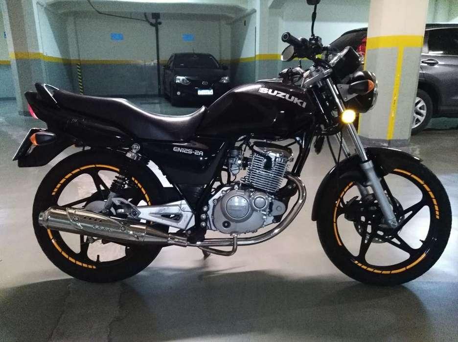 Vendo O Permuto Suzuki en 125