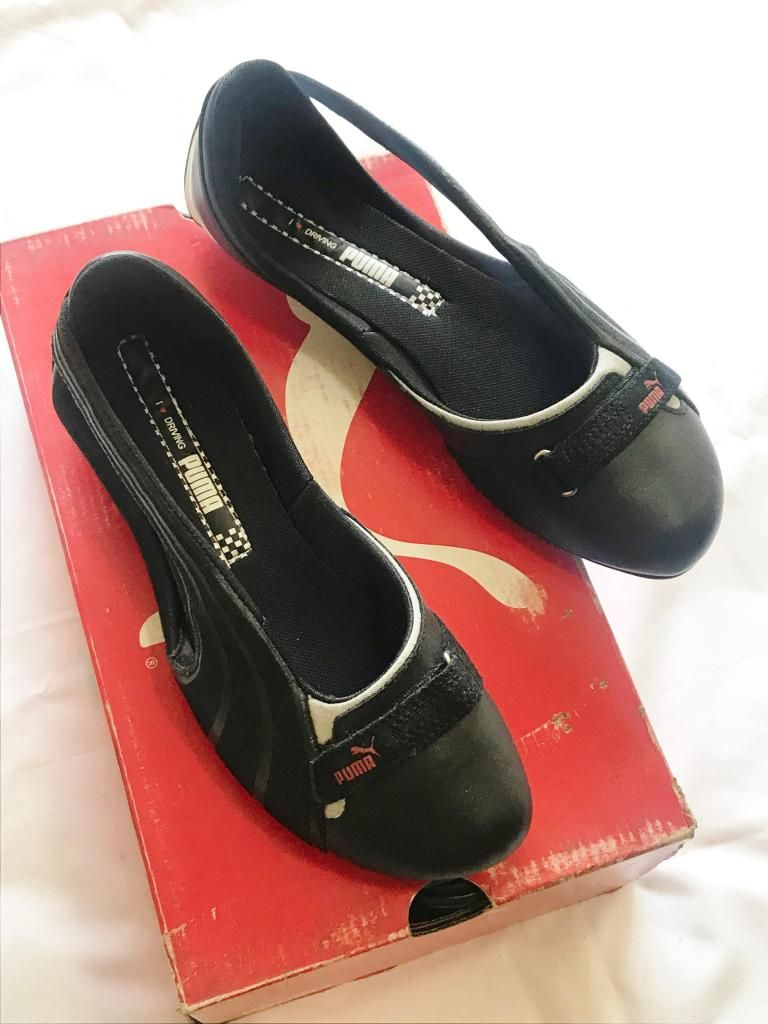 Sandalia Zapatilla PUMA Mujer Negro Casual Elegante T: 7.5, 24.5cm