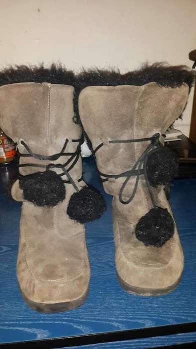Botas de Gamuza Forradas con Pelo