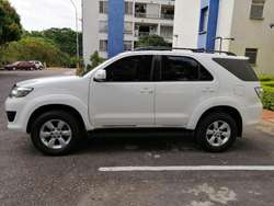 Toyota Fortuner 2013 2.7 Automatica