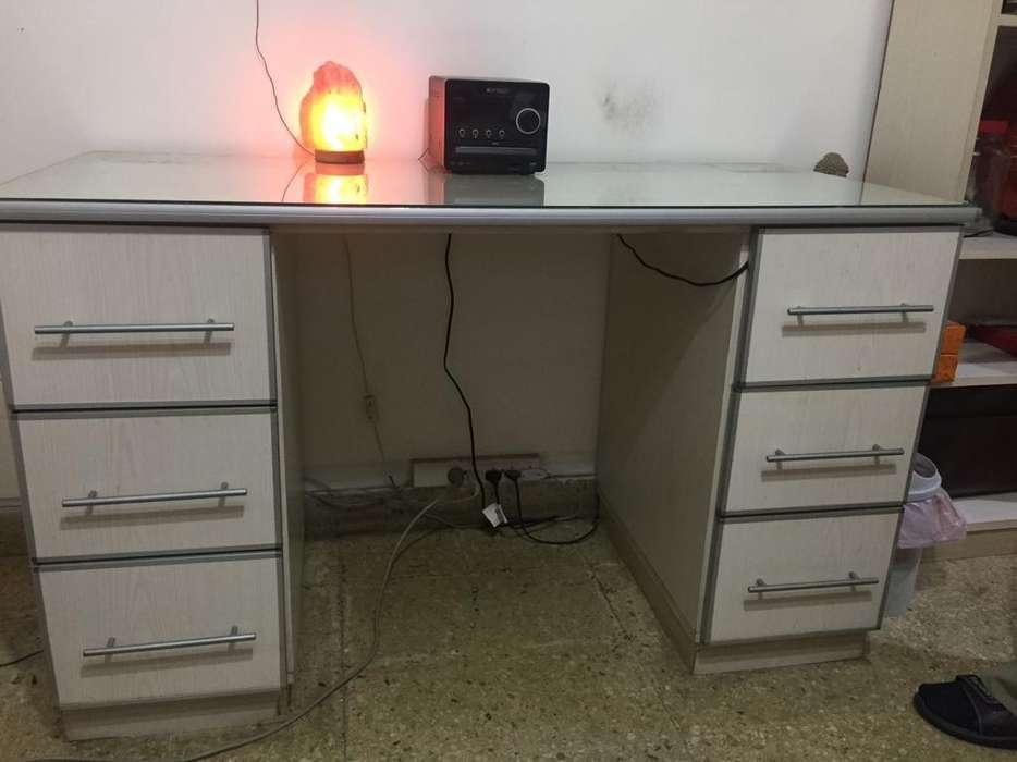 <strong>escritorio</strong> Hecho a Mano