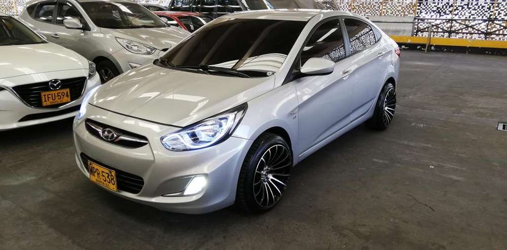 <strong>hyundai</strong> Accent 2013 - 75000 km