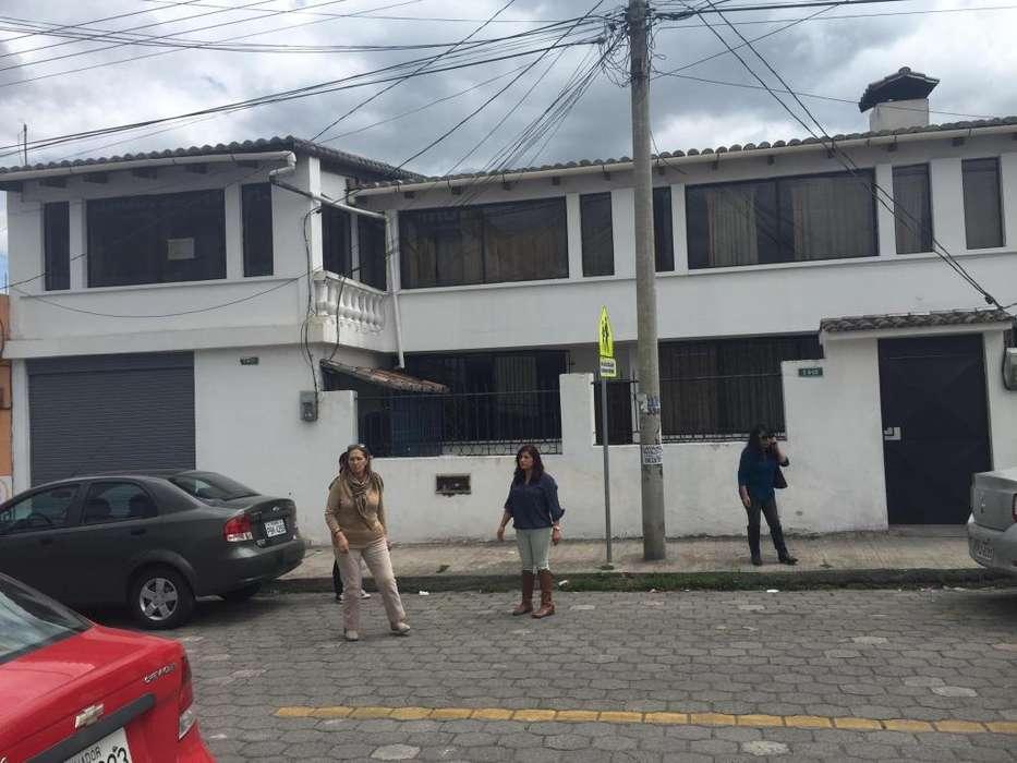 OPORTUNIDAD CASA RENTERA CAYAMBE