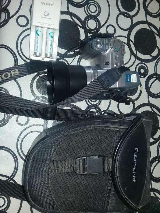 Camara de Foto con Baterias R3cargables