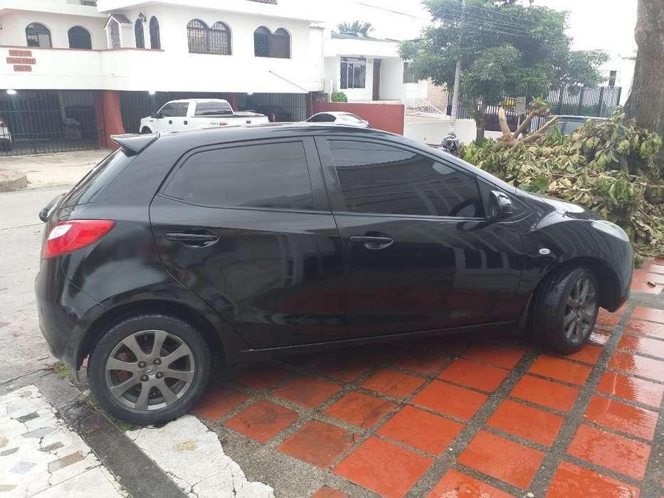 Mazda 2 2009 - 95000 km