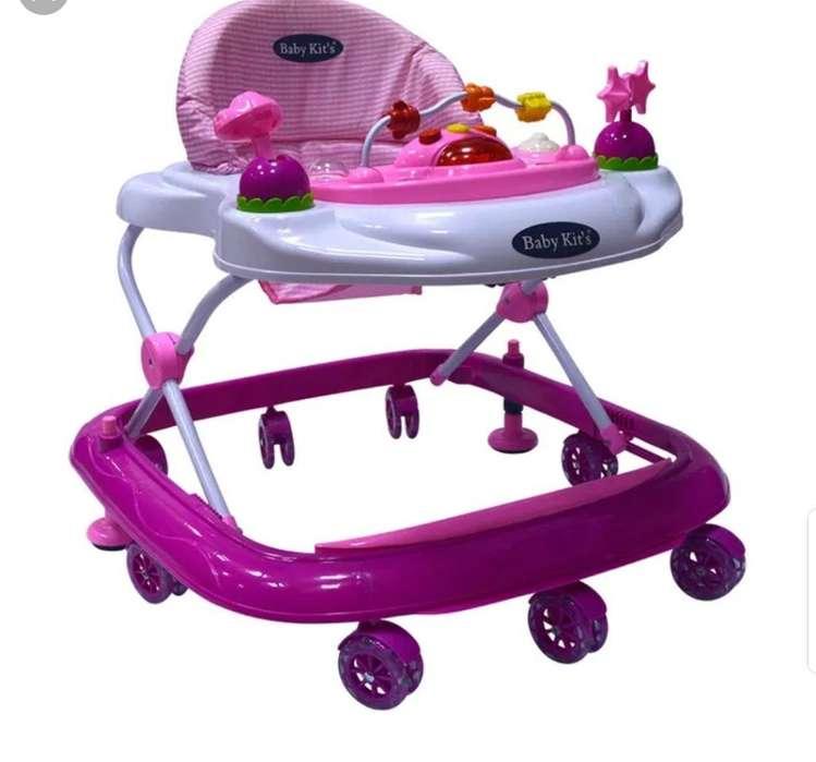 Andador Baby Kit's Estado 9.5 de 10