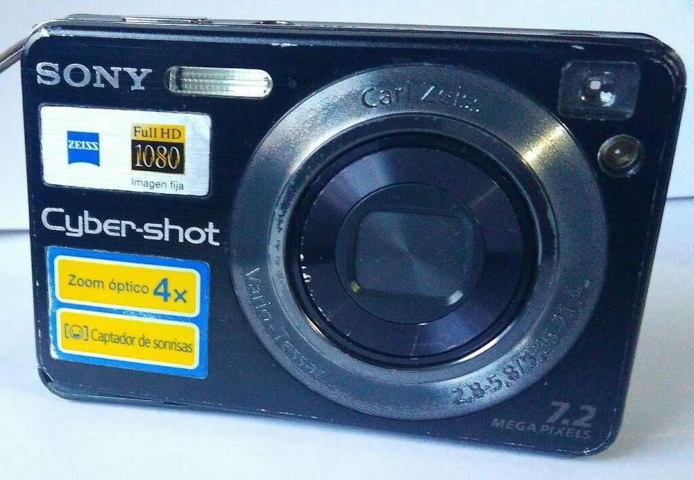 Cámara Fotográfica <strong>digital</strong> Sony 7.2 Mp