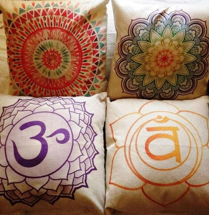 set 4 cojines decorativos mandala chakra 45 x 45 cm