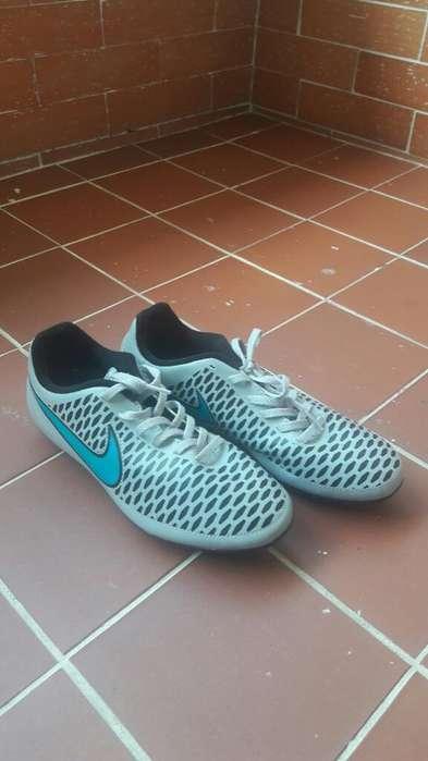 Guayos Nike Magista Originales T 36