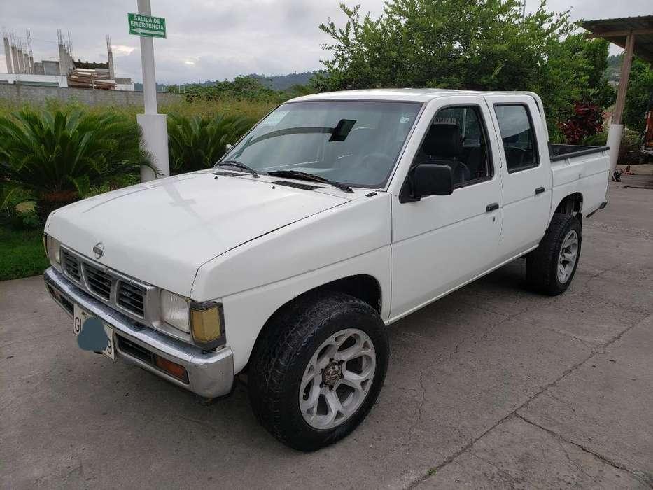 Nissan Pick-Up 2001 - 0 km
