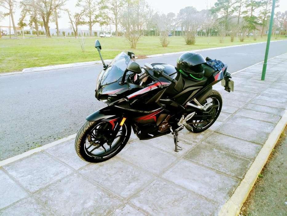 Rouser Rs 200