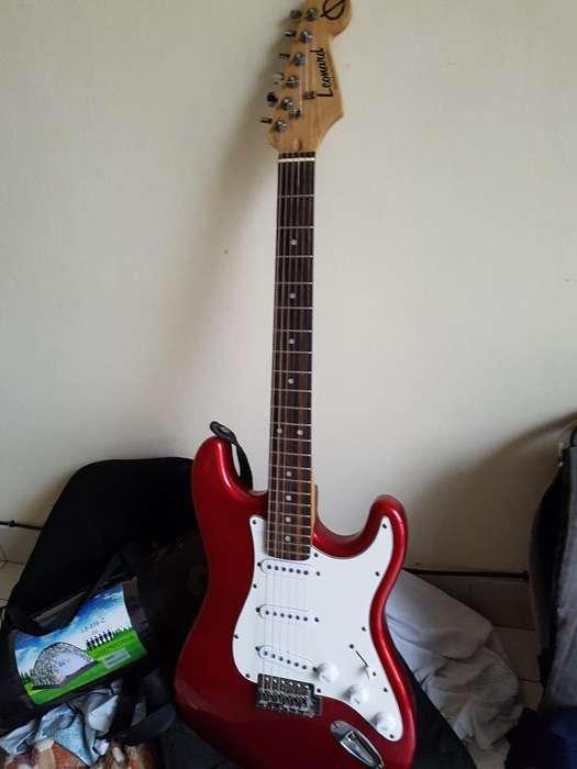 Vendo Guitarra Electrica Leonard Strato