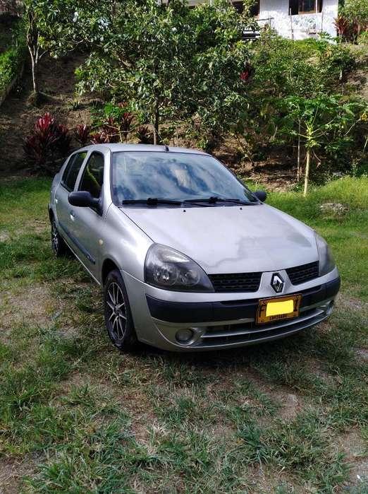 Renault Symbol 2005 - 154000 km