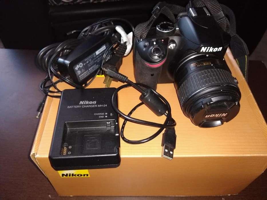Nikon d 3200 como nueva 18000