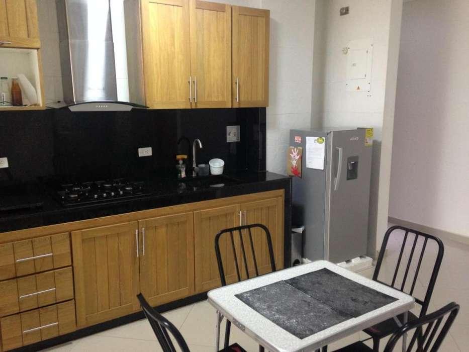 Arriendo Apartamento Amoblado en Manga - wasi_1053513