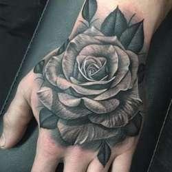 Tatuajes Y Piercing