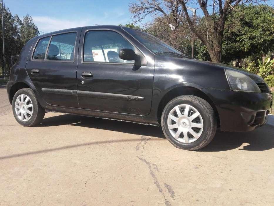 Renault Clio  2009 - 100000 km