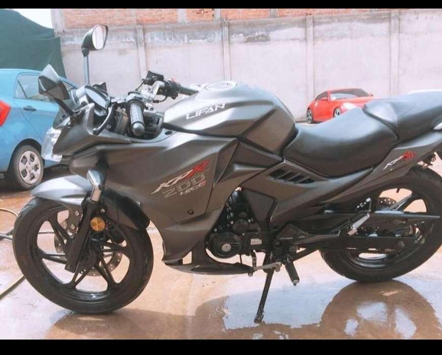 Moto Kpr 200