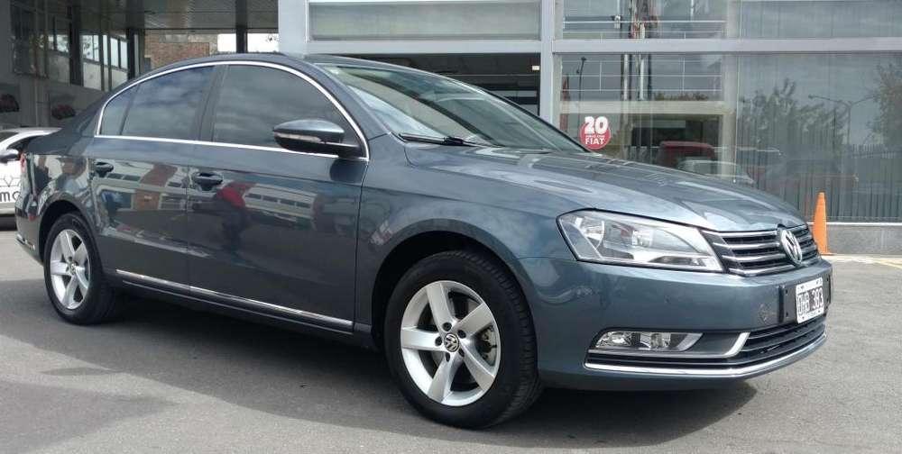 Volkswagen Passat 2013 - 65000 km