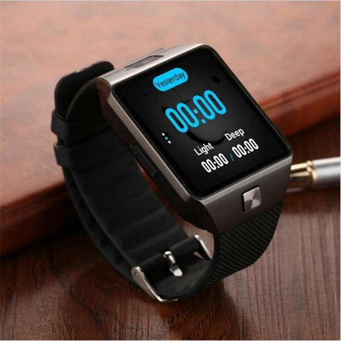 WIFI Smart Watch QW09 - OS Android 4.4 5124Gb Whatsapp Facebook