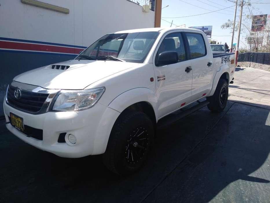 Toyota Hilux 2014 - 114000 km