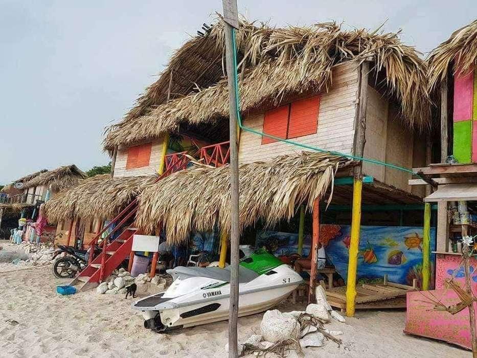 Se Vende Hostal en Playa Blanca