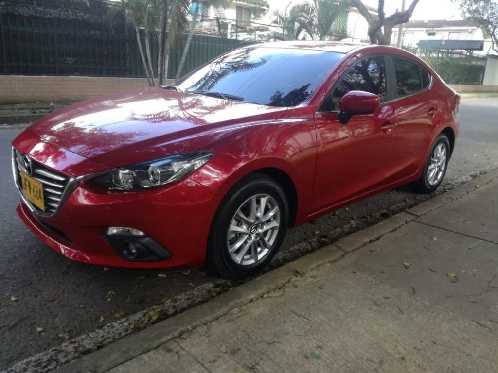 Mazda 3 Touring Automático 2017
