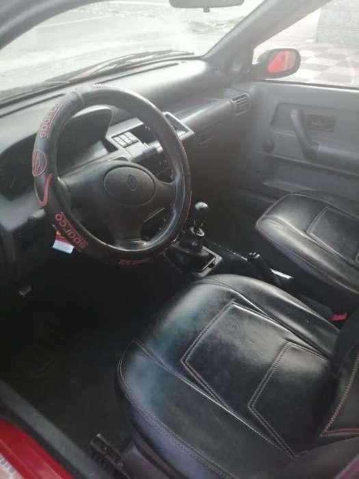 Renault Clio  2000 - 80000 km