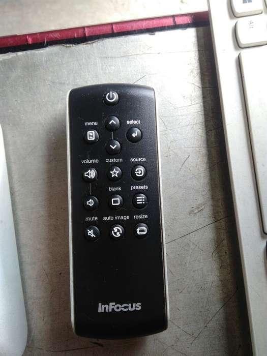 Control de Videobeam Infocus