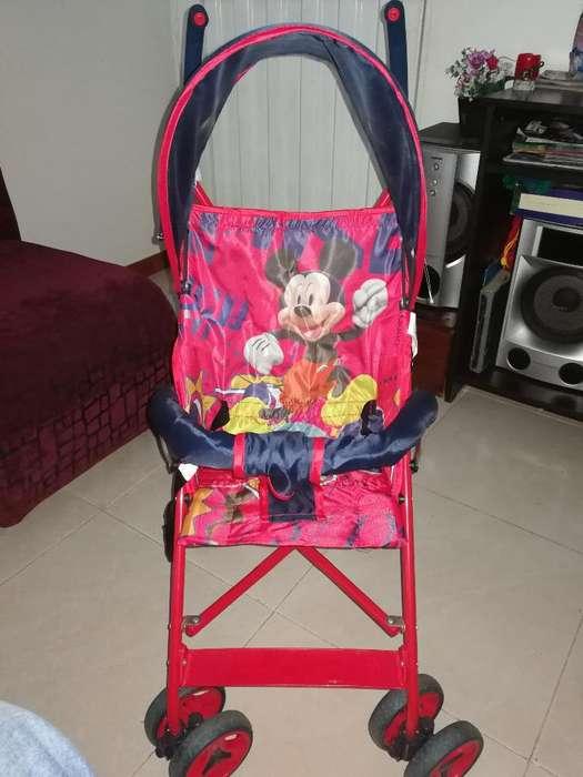 Paseador Mickey Mouse