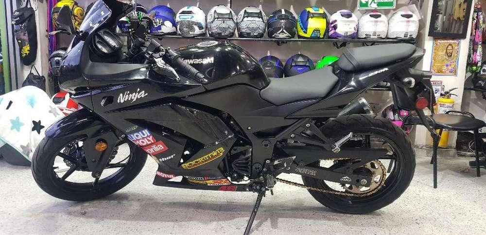 <strong>kawasaki</strong> Ninja 250 Modelo 2012