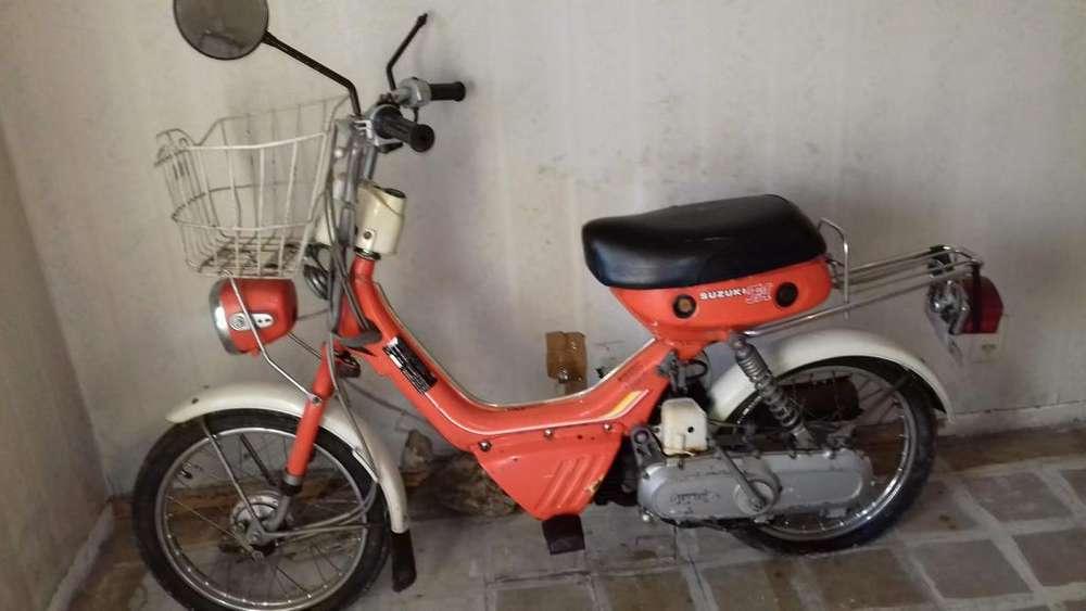 <strong>suzuki</strong> FA 50 - Ciclomotor Usado a Restaurar