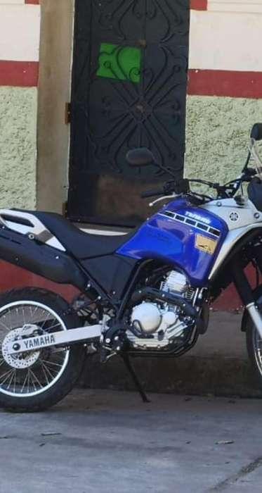 Moto Yamaha Tenere <strong>nueva</strong>