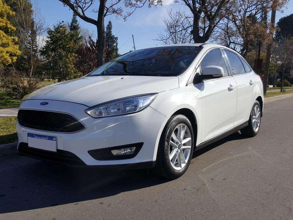 Ford focus 1.6 S 37.000km a 0km! 2017 PERMUTO o CONTADO!