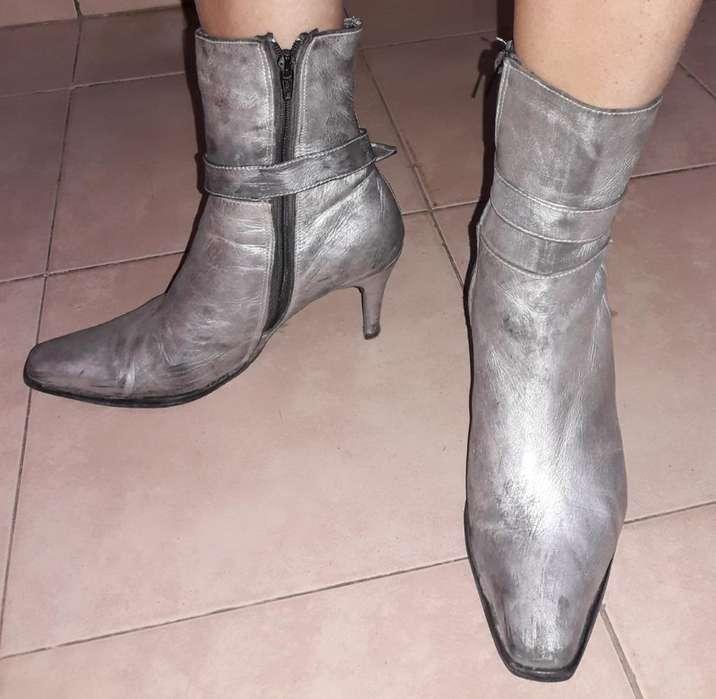 Botas Peltre
