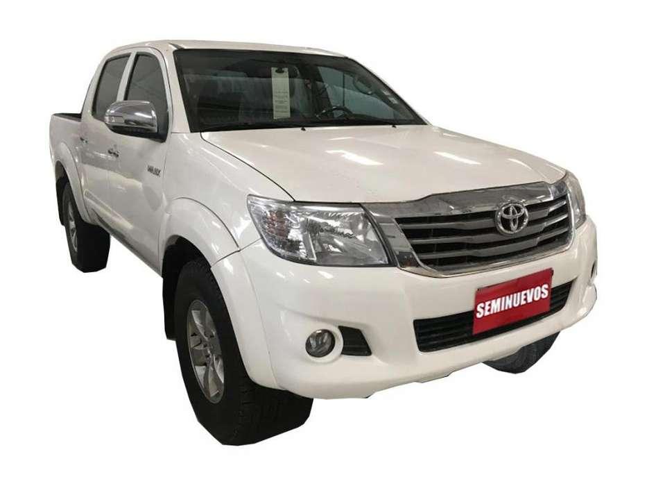 Toyota Hilux 2015 - 95540 km