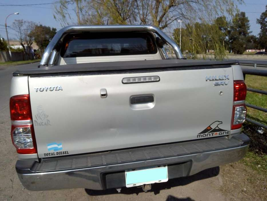 Toyota Hilux 2013 - 128000 km