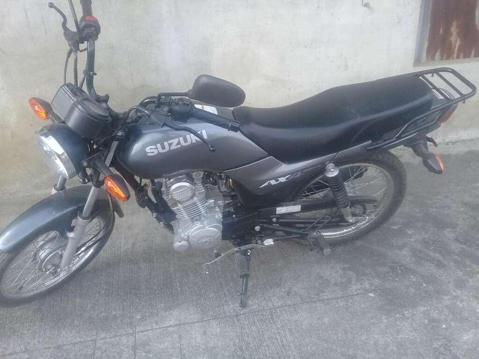 Moto a X 4
