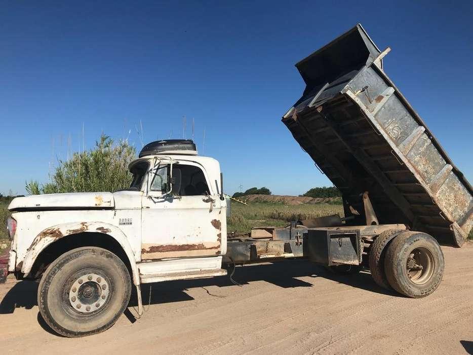 Camion Volcador Dodge Dp800