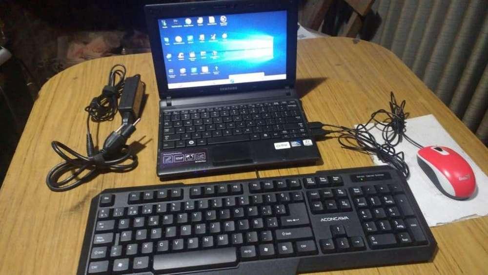 Netbook Samsung N150 Plus con teclado u Mouse USB y Parlantes