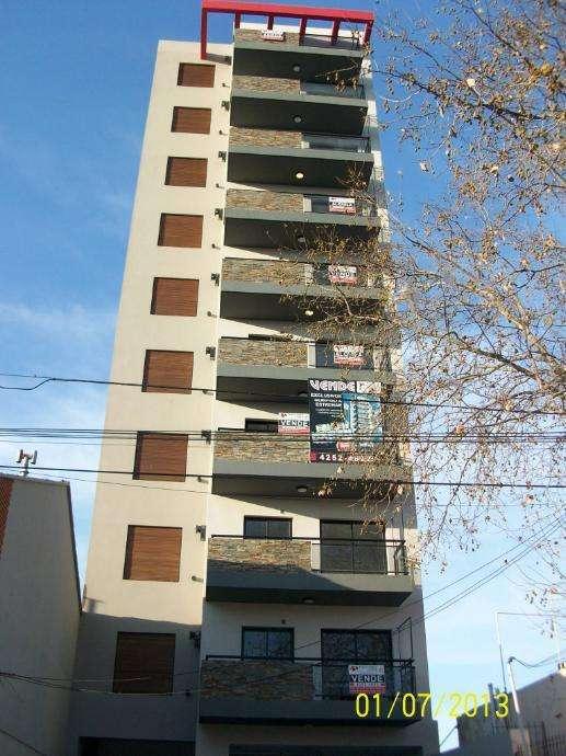 Semipiso en alquiler en Bernal Centro