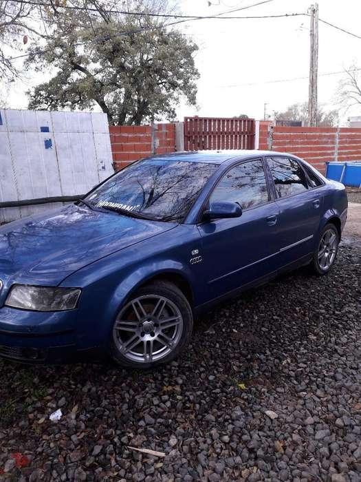 Audi A4 2003 - 111111 km