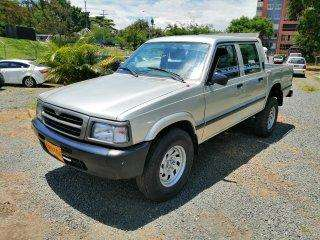 <strong>mazda</strong> B-2600 1999 - 100 km