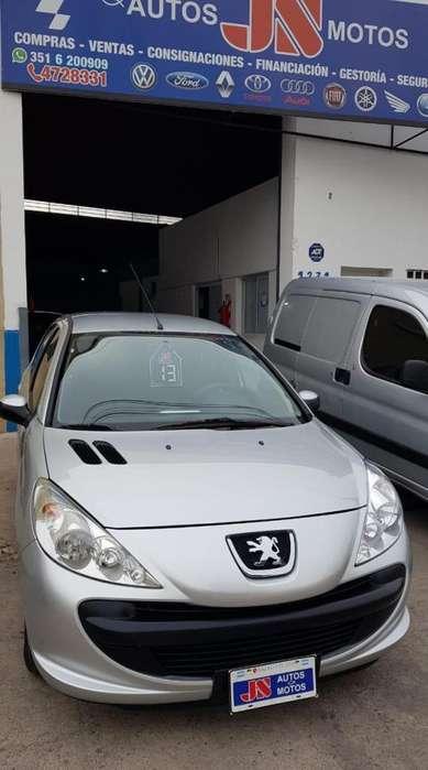 Peugeot 207 2013 - 50000 km