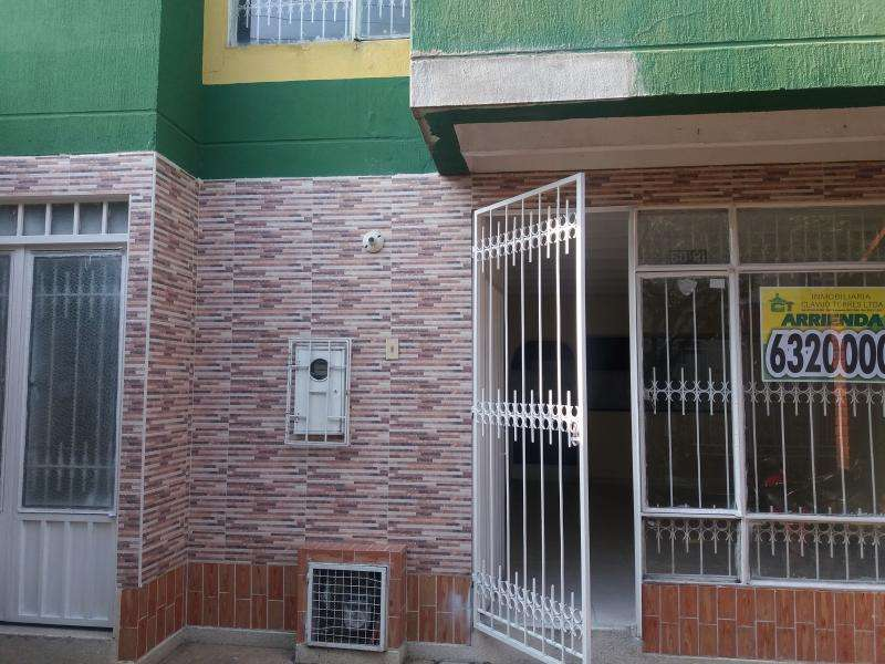 Casa En Arriendo En Giron Guayacanes Cod. ABCLV-5652