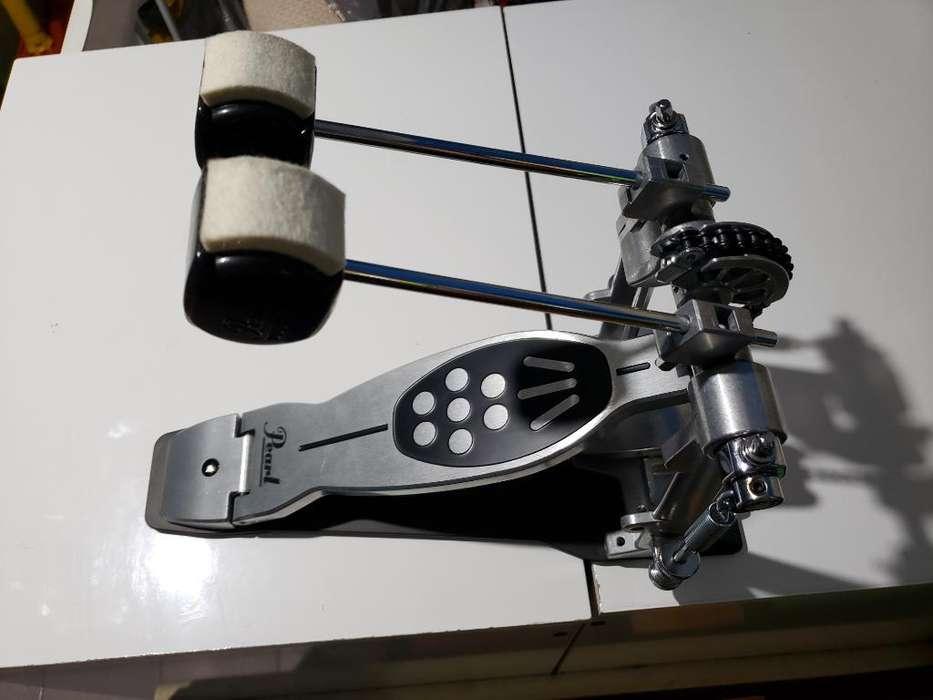 Doble Pedal de Bombo Pearl P-922